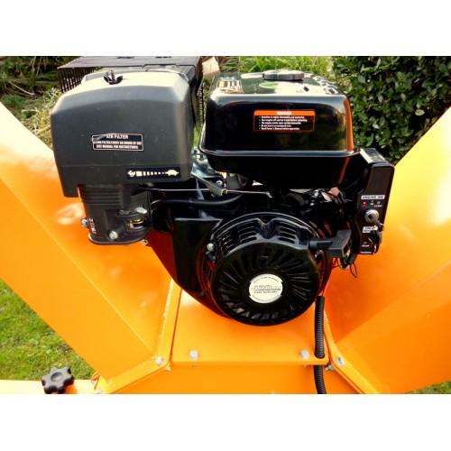 "Chipper Hornet HK150E  15 hp petrol 4"" Key Electric Start"