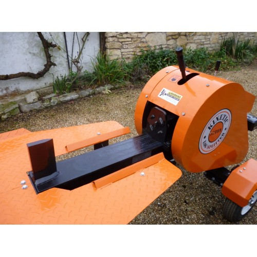 Log Splitter Hornet HRGT35TB  Petrol Briggs & Stratton Mechanical Road Going with 35 ton Splitting Force.