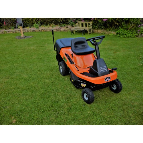 "Hornet Rider 30"" Hydro static 4 in 1 Rear Collect"